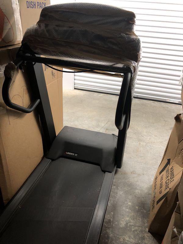 Landice L7 Treadmill