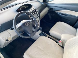 2007 Toyota Yaris LOW MILES - CLEAN TITLE - ONE OWNER 73k miles for Sale in Las Vegas, NV
