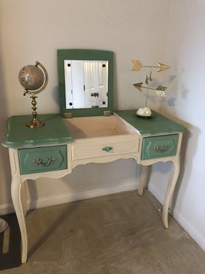Makeup vanity for Sale in Springfield, VA