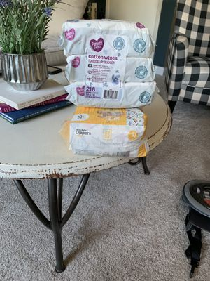Diapers and wipes bundle for Sale in Columbus, OH