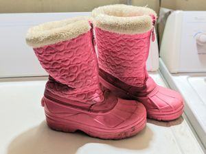 Girl snow boots size 2 for Sale in Santa Clara, CA