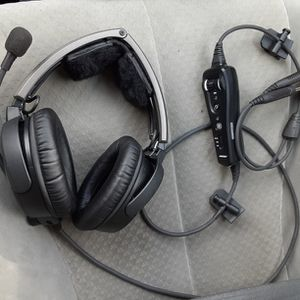 BOSE A20 AVIATION HEADSET for Sale in Temecula, CA