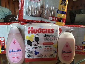 Huggies for Sale in Tulare, CA