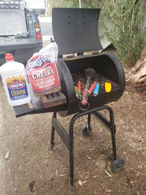 BBQ GRILL for Sale in Heber, CA