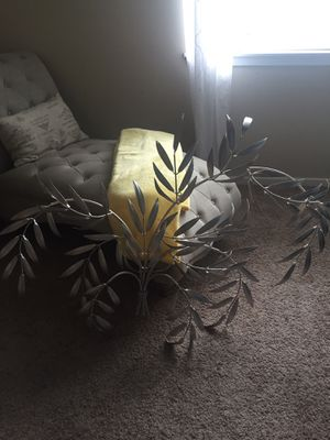 Leaf Style Wall Decor for Sale in Sumner, WA