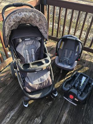 Graco Car Seat and Stroller System $70 but Negotiable for Sale in Washington, DC