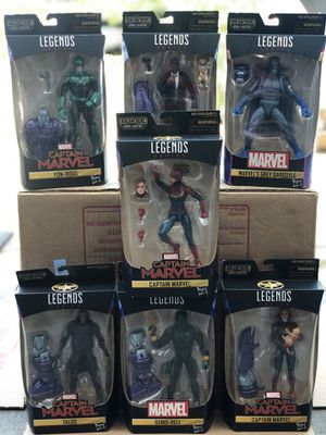 Marvel Legends Captain Marvel Complete Set for Sale in Redwood City, CA