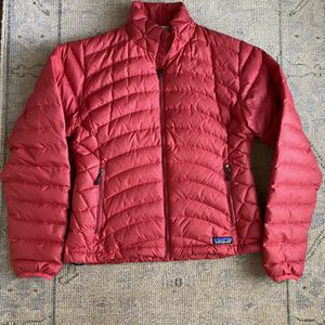 Patagonia Women's Puffy Coat for Sale in Lake Forest, IL