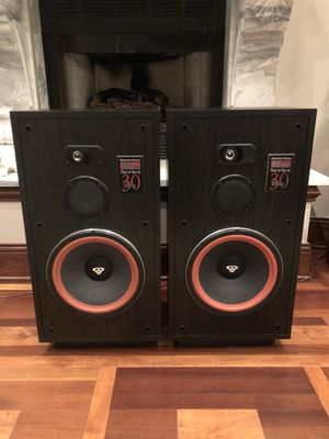 Cerwin Vega RE-30 Speakers for Sale in HOFFMAN EST, IL