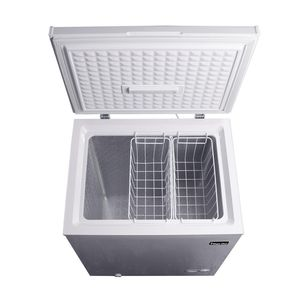 Magic chef chest freezer 5.0 cu ft for Sale in Industry, CA