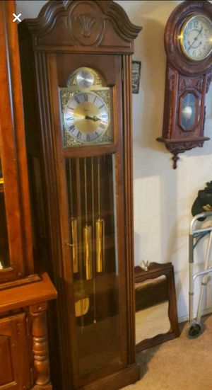 Antique clock for Sale in Essex, MD
