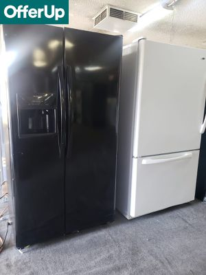 💥💥💥Frigidaire Glossy Refrigerator Fridge Free Delivery #1194💥💥💥 for Sale in Anaheim, CA