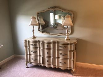 bedroom set for Sale in UPR MAKEFIELD,  PA