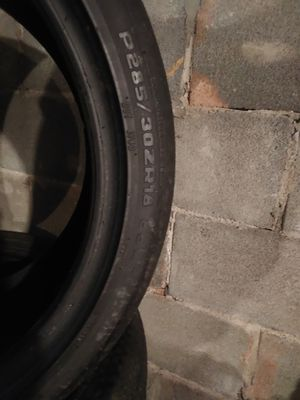 Hoosier Autocross Tires 285/30/zr18 for Sale in Hummelstown, PA
