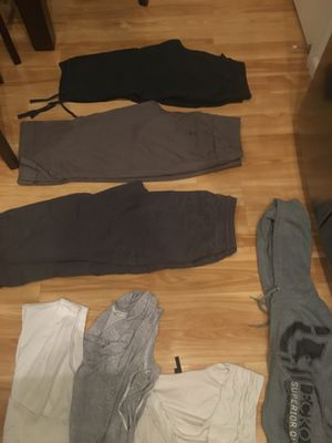 63 pieces of women's clothing bundle for Sale in Denver, CO