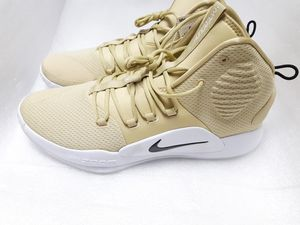 Men's- Nike Zoom *Hyperdunk* Basketball shoes. for Sale in Renton, WA