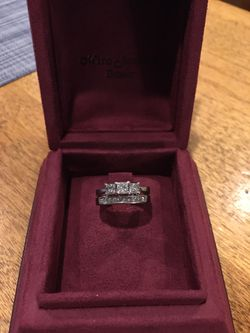 Miro Jewlers wedding rings for Sale in Denver,  CO
