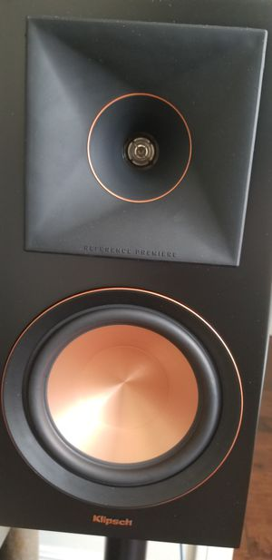 Klipsch RP-600M monitor bookshelf speakers for Sale in Huntington Beach, CA
