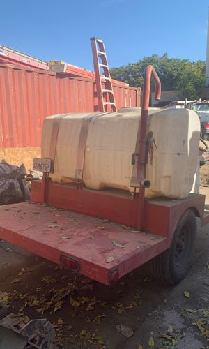 Water tank trailer with engine for Sale in San Jose, CA