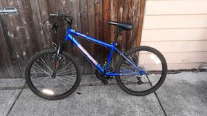 VERY NICE BYCICLE LIKE NEW for SALE for Sale in Bellevue, WA
