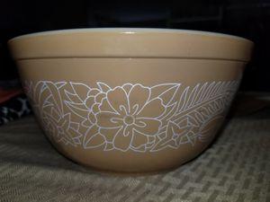 Vintage Pyrex Mixing Bowl 1.5l for Sale in Pasadena, TX