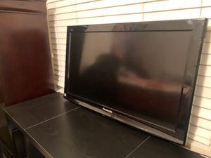 """Panasonic 32"""" TV for Sale in Bellflower, CA"""