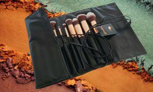 16pcs LA Makeup brush set for Sale in Los Angeles, CA