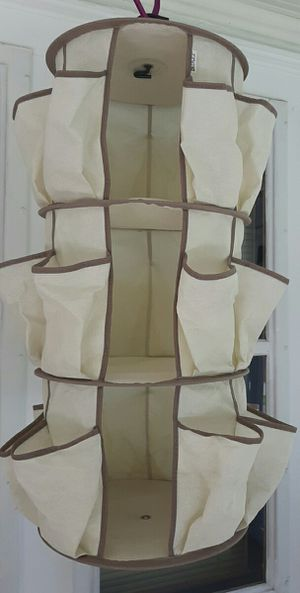 Dazz Carousel Closet Hanging Organizer for Sale in Cuyahoga Falls, OH