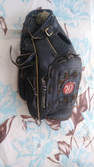 "Rawlings 13.5"" Fastback RSG1B glove for Sale in LAKE LINCOLND, NY"