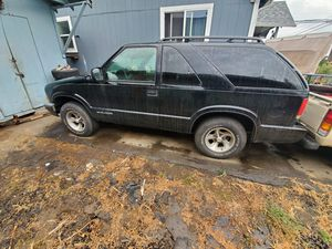 98 chevy blazer 2 dr for Sale in Hillsboro, OR