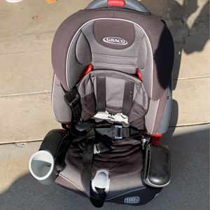 Free Graco Car Seat for Sale in La Habra Heights, CA