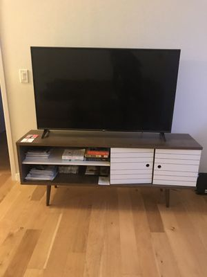 Tv stand + queen size bed with mattress for Sale in Jersey City, NJ