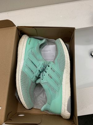 """Adidas Ultra boost """"lady liberty"""" size 9.5 for Sale in Fort Worth, TX"""