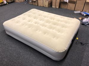 Serta 16in Raised Queen Size Air bed Blow up Mattress Internal Pump for Sale in Oakland Park, FL