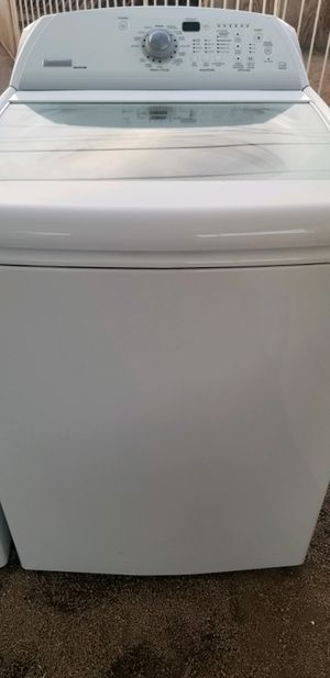 """""""MAYTAG BRAVOS"""" WASHER KING SIZE CAPACITY PLUS 5.0 cu ft for Sale in Phoenix, AZ"""