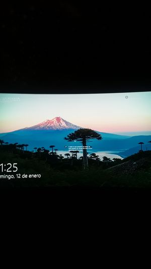 32'' curved monitor AOC 144hz $250 for Sale in Glen Burnie, MD