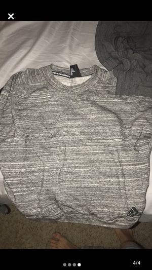 Women's adidas sweatshirt med, hoodies, sweatpants etc for Sale in Tulsa, OK