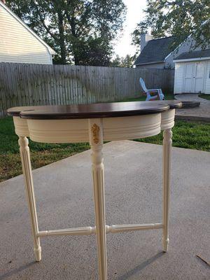 Vintage Kittinger Entry Table for Sale in Virginia Beach, VA