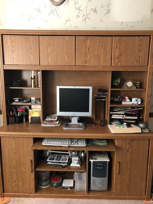 Office desk/credenza/hutch for Sale in Conyers, GA
