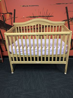 Crib with matching changing table for Sale in Hayward, CA