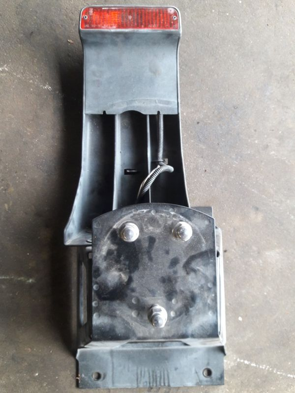 05 JEEP WRANGLER TRAILER HITCH AND SPARE TIRE BRACKET