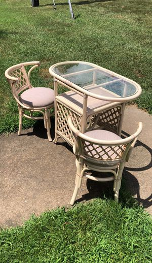 Wicker & glass table set for Sale in Richmond, VA