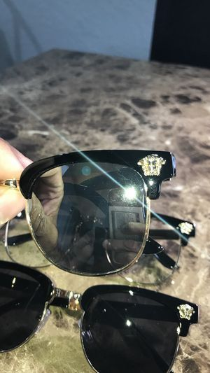 Sunglasses 🕶 for Sale in Haines City, FL
