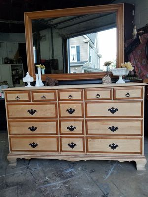 Dresser for Sale in Latrobe, PA