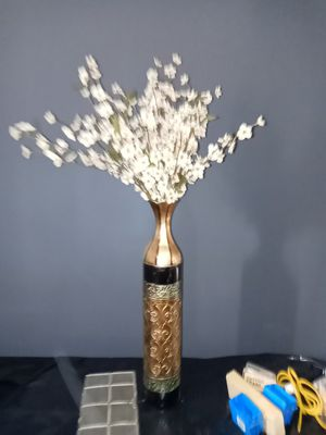 Artificial flower plant in holder for Sale in Tampa, FL