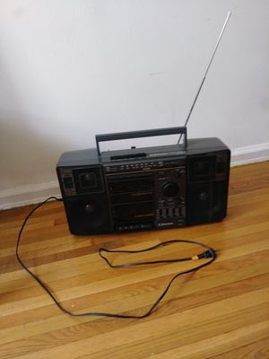 Emerson 4 speaker system AM / FM stereo dual cassette recorder model # CTR- 961C for Sale in Brooklyn, NY