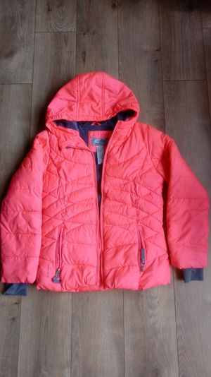 Girl's winter coat for 7-8 yrs old (M) for Sale in Lynnwood, WA