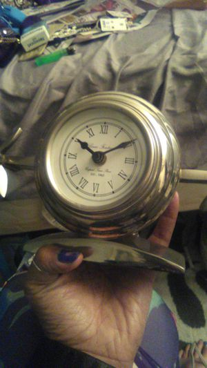 Selling a perfect Louis Fontaine Standing clock for Sale in Los Angeles, CA