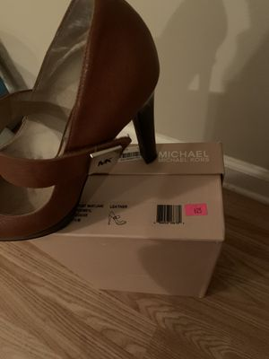 Michael Kors brown shoes for Sale in Austell, GA