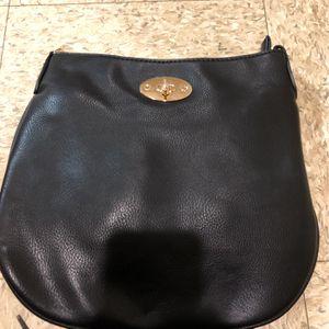 Black Hand Bag for Sale in Waldwick, NJ